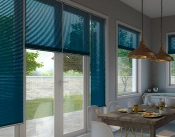Dark blue venetian blinds in kitchen