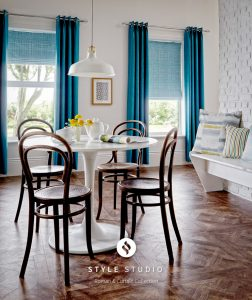 Sherwood Teal Curtain_Crosshatch Cobalt Roman Room