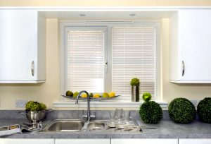 Silver venetian blinds in Kitchen 2